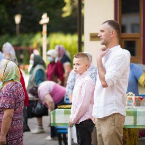 2021-07-23-Божественная-литургия-в-соборе-Петра-и-Павла-14