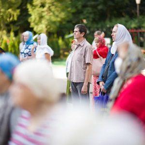 2021-07-23-Божественная-литургия-в-соборе-Петра-и-Павла-17